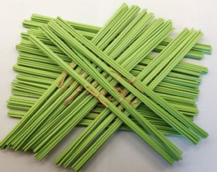 Green Fibre Diffuser Reeds | 3mm Diameter | 300mm Long | (Pack of 8 Reeds)